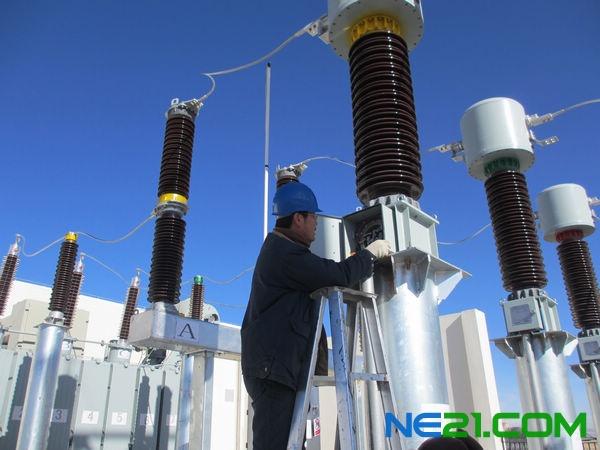 德令哈蓄积10mw光伏电站成功并网发电
