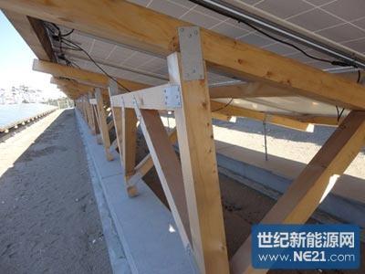 住友林业光伏电站:使用木制架台,比钢架更便宜更容易搭建