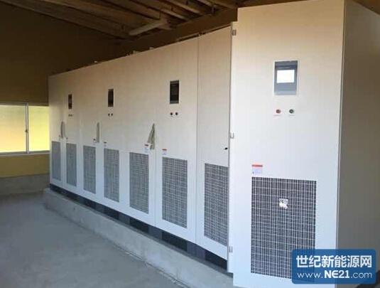 """2014年10月15日,中兴昆腾在日本东北部秋田县的1MW发电站项目一次性并网成功。首日发电量即达到2480kWH. 该项目由日本东北地区某知名EPC公司和中兴昆腾通力合作,历时近一年的设计研发,方案修正,最终圆满完成。这是中兴昆腾在日本东北地区高压项目的一个新篇章,本项目使用了中兴昆腾自主研发的4台SS250L-J 型250KW逆变器,以及内置组件监控单元的汇流箱(日本称为接续箱),并配套中兴昆腾面向日本市场完全自主定制开发的""""Qsolar eye 光伏电站远程监控系统(无线+云)&rdq"""