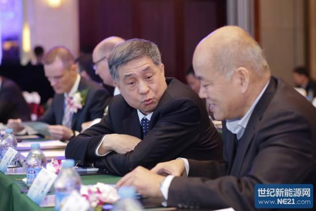 "TV莱茵""质胜中国""2015年国内第一个光伏行业盛会在常州举行,首日直击"