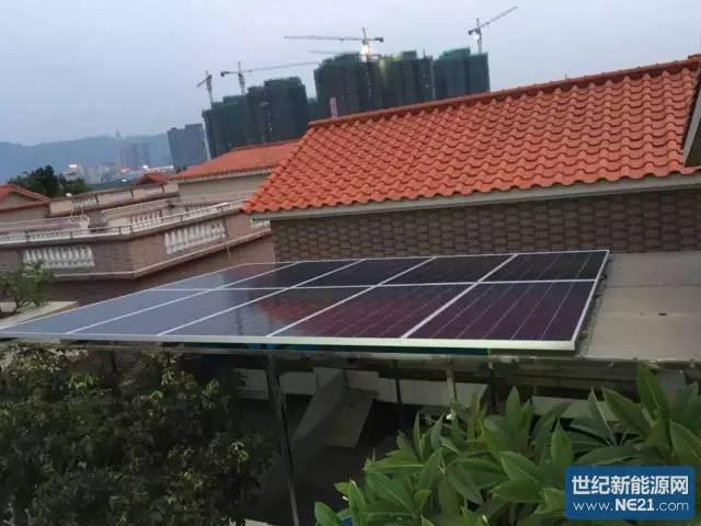 """今年年初,颜先生给自家屋顶安装了一套5KW的光伏电站,年收益预计可达6千多元。看着自家的光伏电站收益确实可观,而且家里屋顶上还有一部分面积可以利用,颜先生萌生了扩建光伏电站的想法。 于是,他拨打了佛山电网公司的电话,申请将自家电站规模从5KW扩建到10KW。按照电网公司给的模板,颜先生填写并提交了申请表。考虑到自家用电量不多,他决定将电站并网模式由""""自发自用,余额上网,自用比例80%""""改为""""全额上网""""。 根据佛山市发改委的的补贴通知,对2016-2018年"""