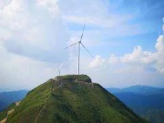 江西寻乌项山54台风电机组全部吊装完成
